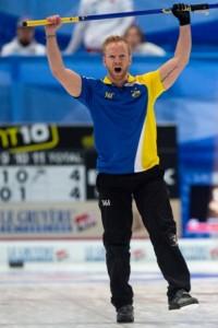 Niklas Edin celebrates his third Euro title